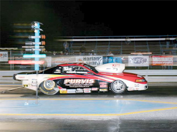 mmfp_0607_12z+ford_mustang_drag_race+ihra_pro_stock.jpg